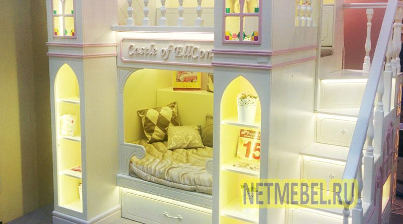 сказочная детская кровать-замок